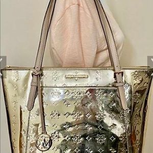 Michael Kors gold large like NEW and CHEAP